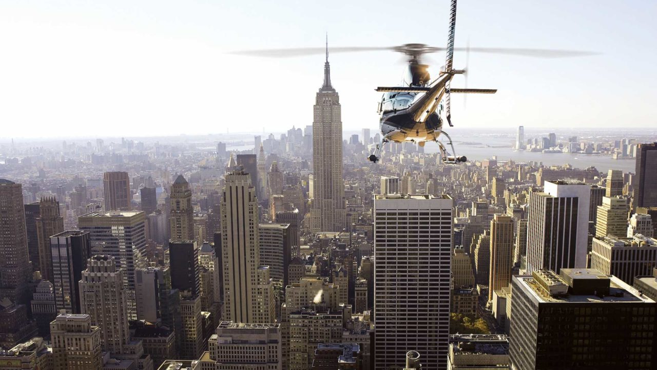 AS350-headed-towards-ESB-Private-Air-Mag