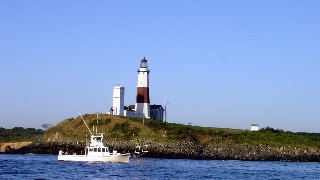 montauk lighthouse fishing boat